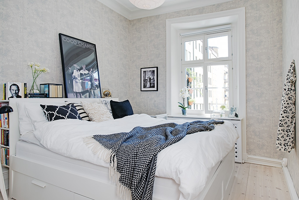 Декорируем белую спальню